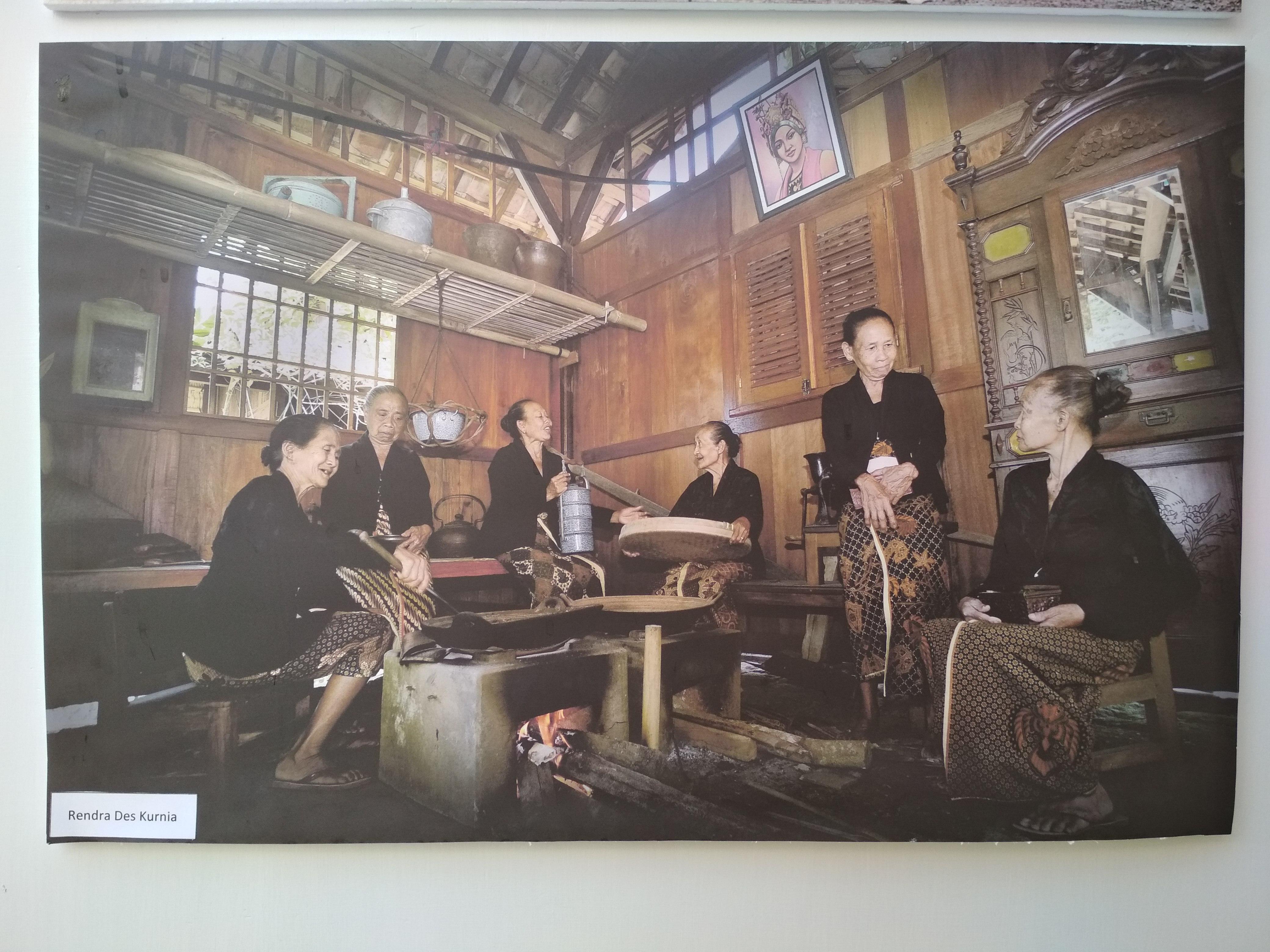 Painting And Photography Exhibition Pamerkan Banyuwangi Dalam Satu