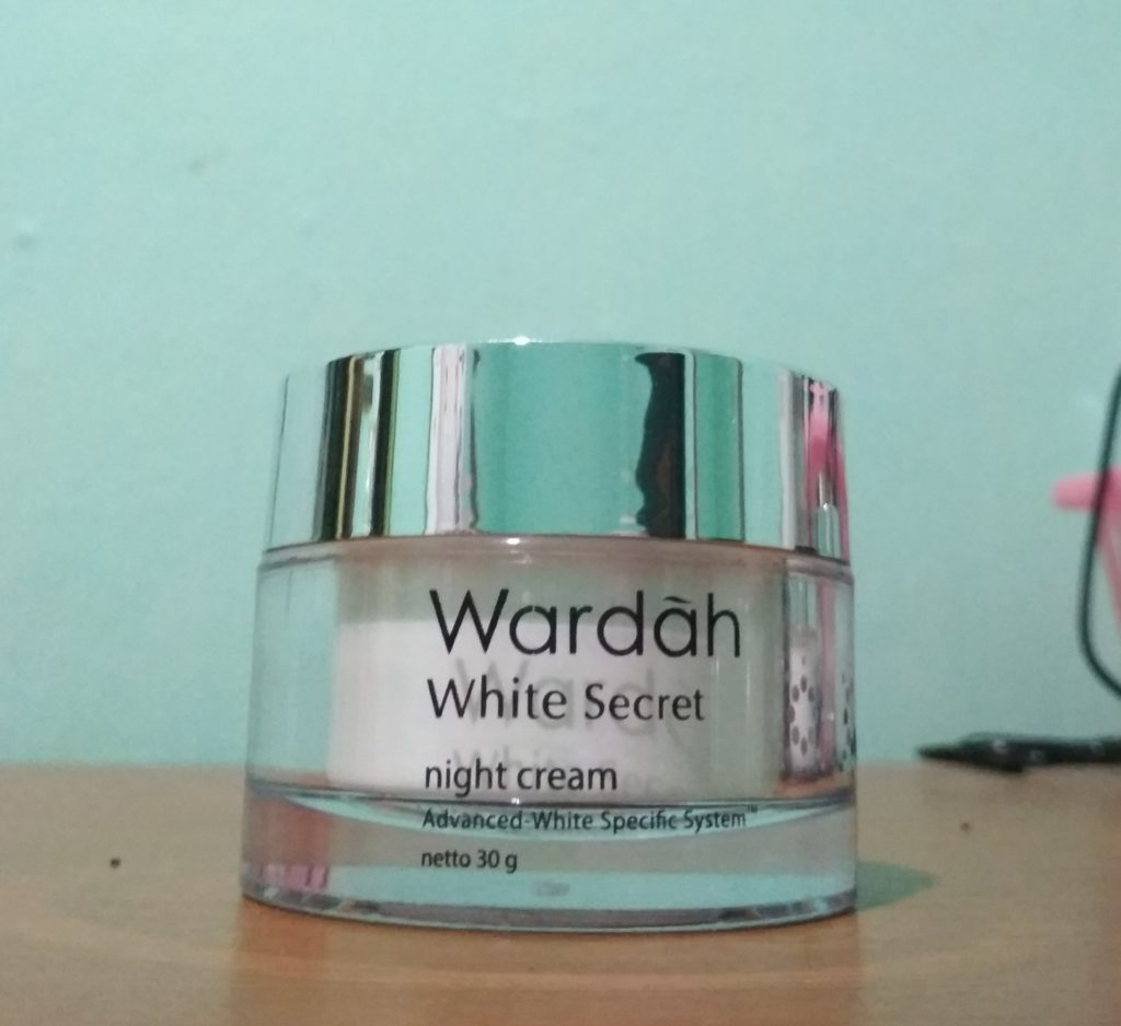 Wardah White Secret Series, Kulit Glowing Ala Bintang